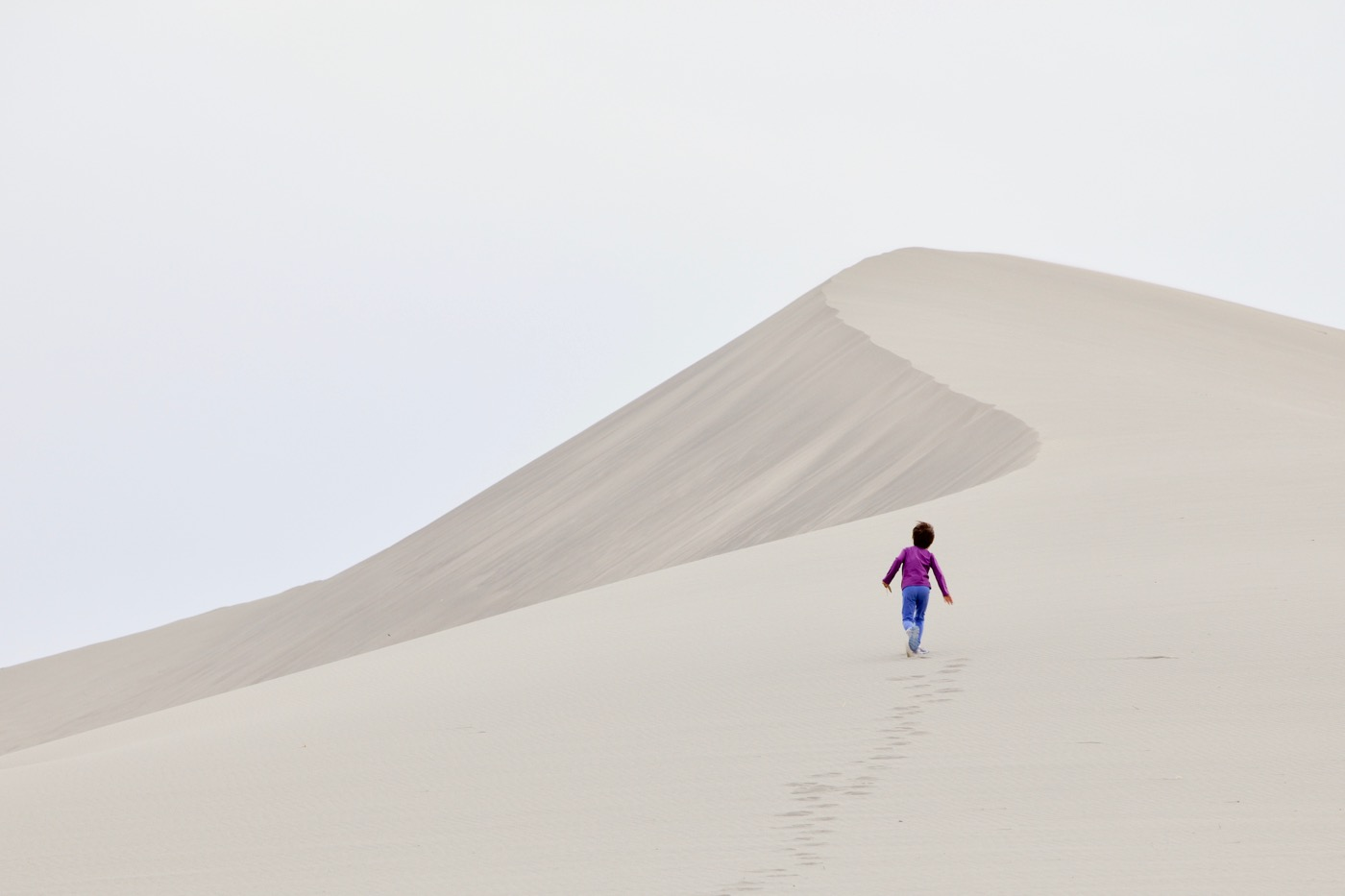 Heidi hiking ahead, Bruneau Sand Dunes